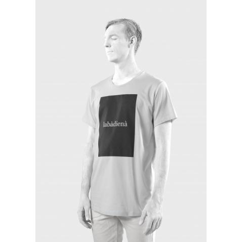 Tamsoje šviečiantys marškinėliai