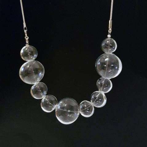 DAILI Stiklo burbulų vėrinys
